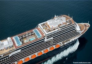 Cruising inside the Mediterranean